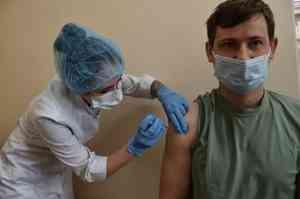 В Поморье начнут вакцинировать от коронавируса на дачах и предприятиях