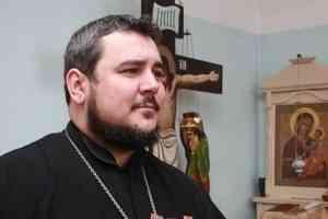 Священник Николай Ткачук расскажет на радио «Поморье» о патриотизме и армейской службе