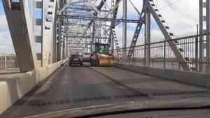 Пешеходам выделили дополнительные 4 часа для прохода по жд-мосту во время ремонта