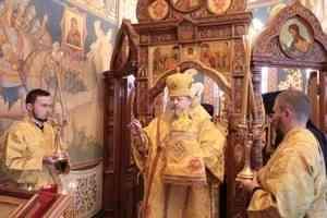 Митрополит Корнилий совершил всенощное бдение в канун дня памяти святого князя Владимира