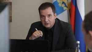 Александр Цыбульский поручил призвать к строгой ответственности автобусных перевозчиков в Архангельске