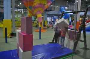 «САНПИНы - не указ». Где в Архангельске обустраивают детские игровые комнат