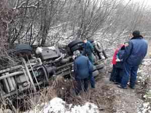 В Приморском районе перевернулась автоцистерна-газовоз