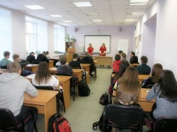 Специалисты в области сохранения здоровья посетили Технологический колледж Императора Петра I в рамках марафона «Профилактика-основа здоровья»