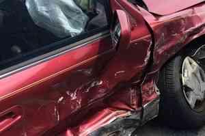 На въезде в Северодвинск столкнулись два легковых автомобиля