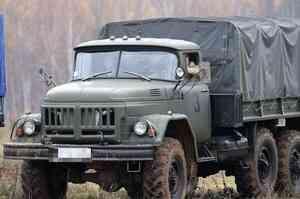 В Архангельске рано утром загорелся грузовой «ЗИЛ»