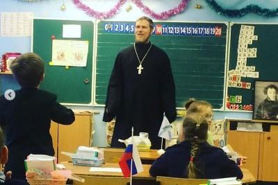 Архангельские первоклассники — священнику: Лунтик добрый, он старается всех примирить