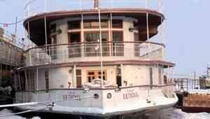 Северодвинский «Н.В. Гоголь» поздравили с Днём парохода на Первом канале
