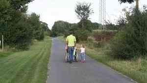 С первого июля выплата по уходу за детьми-инвалидами увеличится почти в два раза