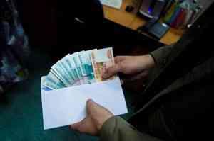 Главный инженер завода в Котласе подозревается в получении взятки