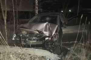В Северодвинске водителя зажало в автомобиле