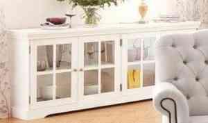Гостиная в белых тонах: плюсы и секреты подбора мебели