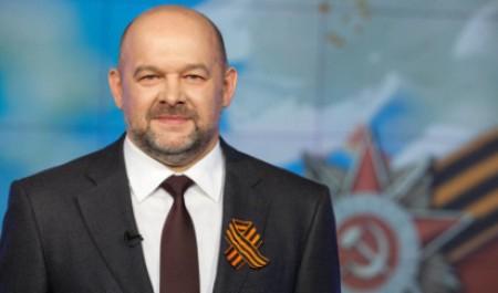 Игорь Орлов поздравил северян с Днем Победы