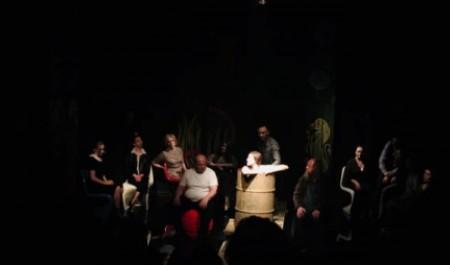 «Историю одной бабы» рассказали со сцены Архангельского молодежного театра