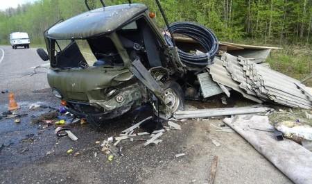 Архангельская область: Полиция ищет свидетелей ДТП, в котором погибли люди