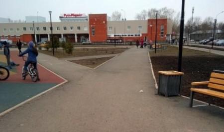 В Архангельске Рябиновую аллею и «Зарусье» приводят в порядок после зимы