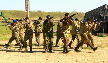 В Архангельске прошёл региональный этап соревнований «Лига Военно-патриотических клубов»