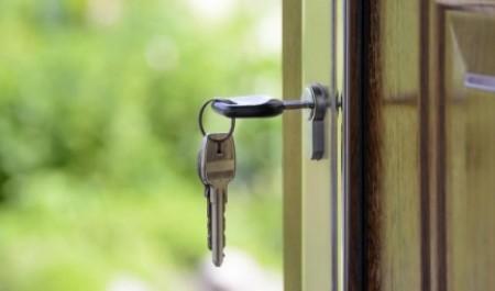 Читатели News29 не потерпят соседей алкоголиков, «плюшкиных» и геев