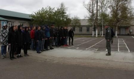 Студенты северодвинского техникума познали азы армейской службы
