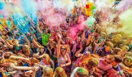 Всероссийский фестиваль красок едет в Новодвинск 28 июня