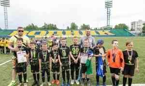 «Барсы» всех сильней: в Архангельске определили финалистов областного этапа детской футбольной лиги