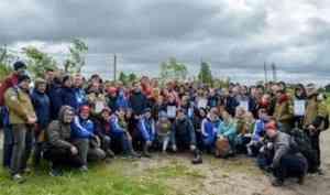 В День России студенческие отряды Поморья вышли на уборку острова Кего