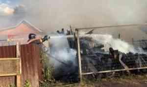 При пожаре в дачном доме спасена женщина