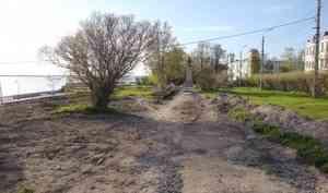 Власти Архангельска потратят около миллиона рублей на археологические работы в Петровском сквере