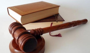 Проживший месяц с трупом северодвинец предстанет перед судом