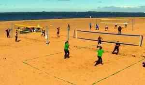ВАрхангельске прошёл Чемпионат области попляжному волейболу