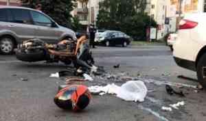 Виновником ДТП с погибшим байкером в центре Архангельска стал водитель иномарки