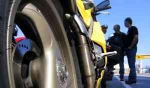 Архангельский мотоциклист погиб при столкновении с бесправным водителем