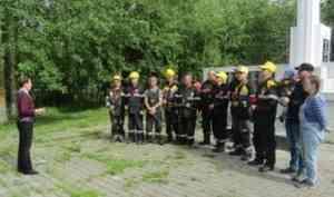 В Цигломени волонтеры провели эколого-патриотическую акцию