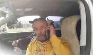 На бессрочной акции протеста в Архангельске задержали мужчину