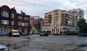 Два человека пострадали в ДТП близ морвокзала в Архангельске