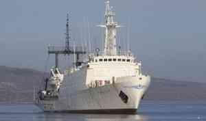 Моряки-североморцы ищут вАрктике новые острова иисторические артефакты