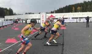 Наталья Непряева завоевала золото на всероссийских соревнованиях по лыжероллерам
