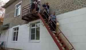 В образовательных учреждениях города Коряжмы проводят тренировки по эвакуации