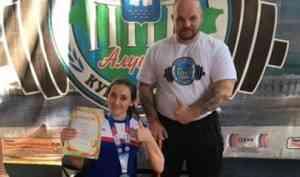 Александр Самойлов – серебряный призер Кубка России по пауэрлифтингу