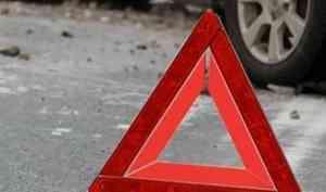Объезжавший пробку по «встречке» архангельский автолюбитель устроил ДТП