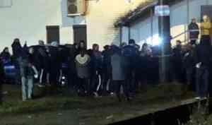 Вечерние волнения в Цигломени: местные жители привязали мужчину к столбу
