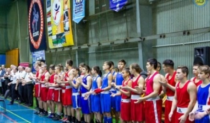 В Архангельске проходит турнир по боксу памяти Александра Рыбина и Евгения Антуфьева