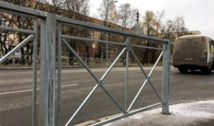 Архангельск переживает вторую за год «оградительную» волну
