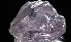 «Не имеет изъянов»: в Архангельской области нашли крупный кристально-прозрачный алмаз
