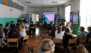 Школьники из районов Поморья соревнуются в деловой игре «Бизнес challenge»