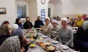 «Море радости и приятных воспоминаний»: холмогорская община встретилась с игуменом Леонтием (Эйзенманом)