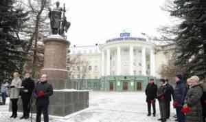 Поморье отмечает 308-ю годовщину со дня рождения Михаила Ломоносова