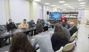На медиа-семинаре журналисты Арктики обсуждают проблему оттока людей с Севера