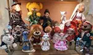 Архангелогородцев приглашают посетить авторскую выставку игрушек
