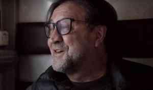 Фильм о лидере группы ДДТ Юрии Шевчуке собрал полный зал архангельской Добролюбовки